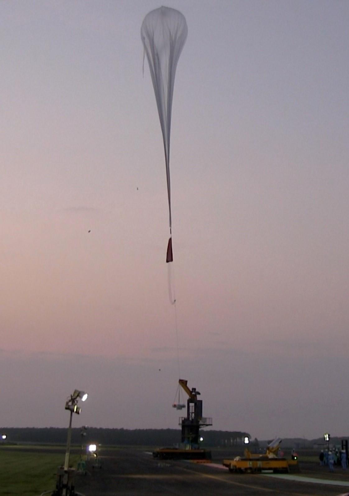大気球の放球の様子